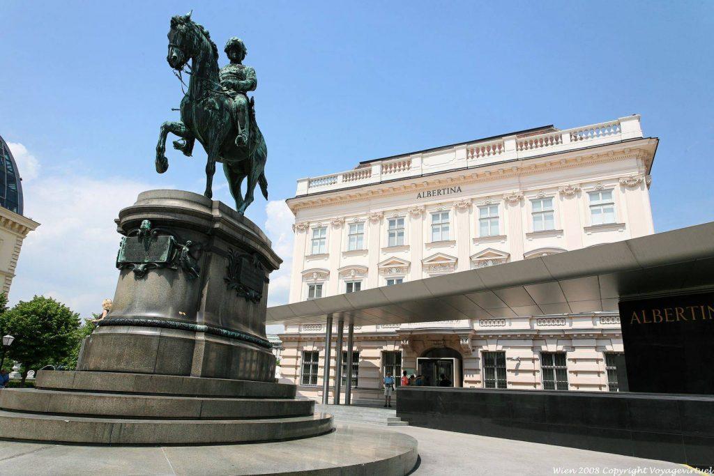 wien-albertina-archduke-albrecht-equestrian-statue-5