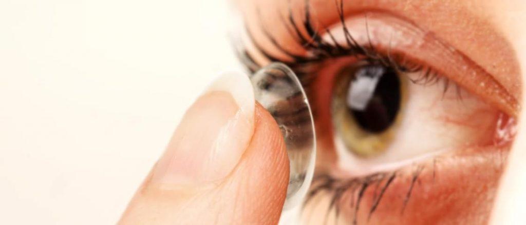 óculos-ou-lentes-de-contato
