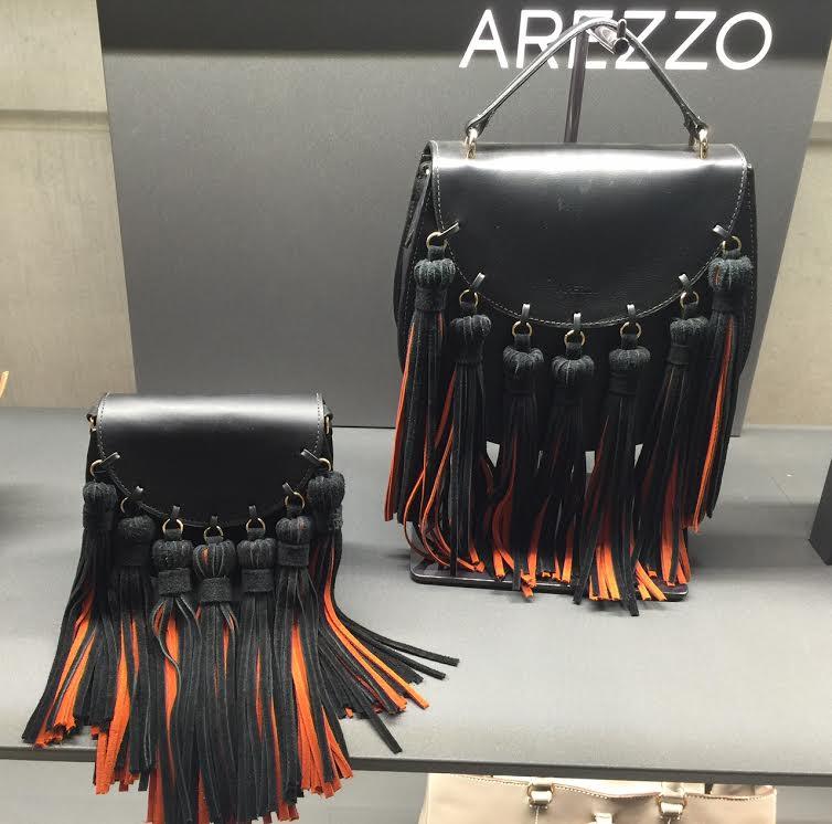"""5f08b67ad Arezzo x Chloe tal e qual. Pois é a Arezzo tem a """"inspired"""" . Fiquem de  olho na bolsa da Arezzo. É uma marca que está sempre antenada com as  tendências ..."""