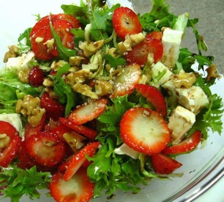 saladas-de-verao-com-alguma-fruta