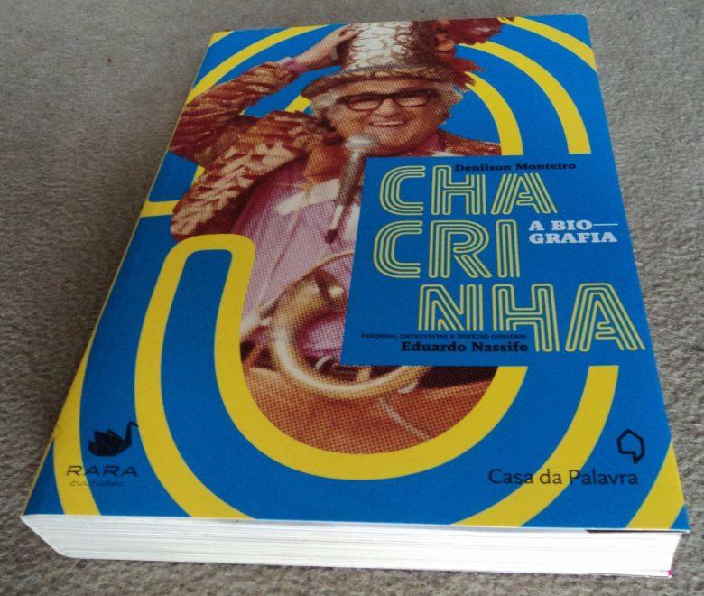 biografia-do-chacrinha-para-ler-na-praia