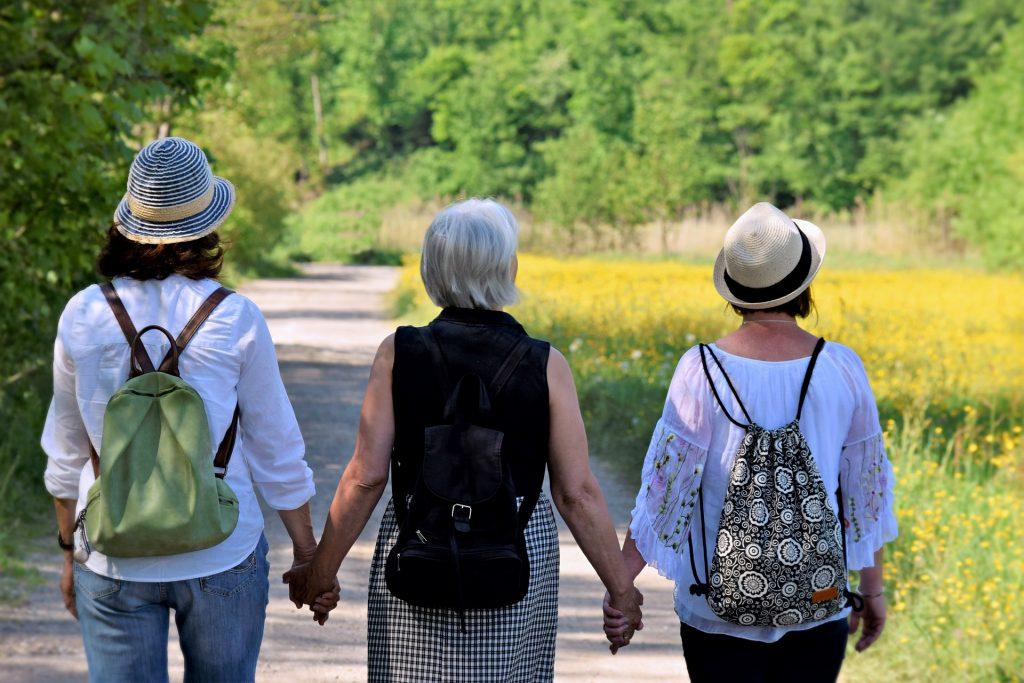 em-uma-sociedade-cada-vez-mais-apressada-como-manter-as-amizades